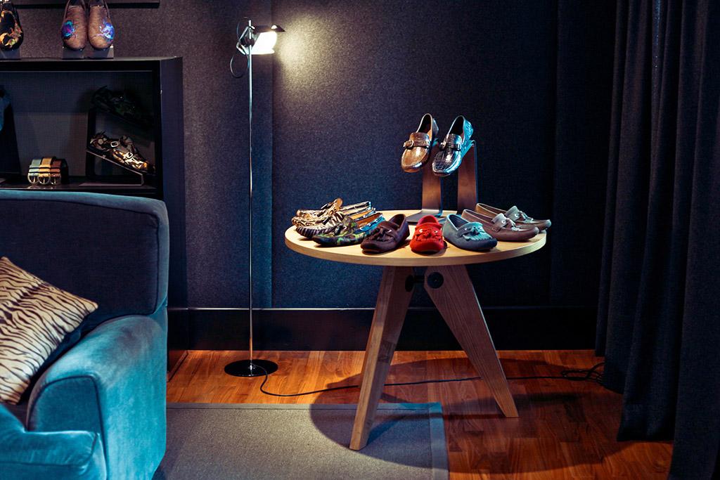 Esposizione scarpe Jimmy Choo
