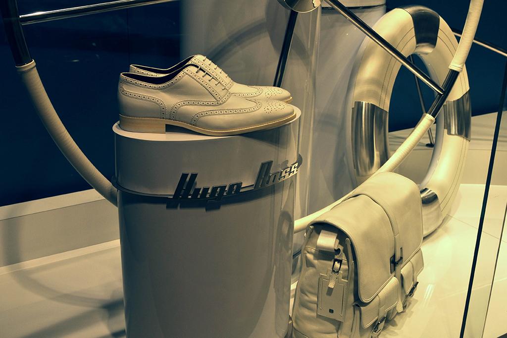 Espositori scarpe Hugo Boss